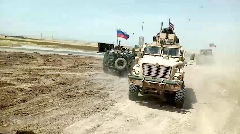 Военные США не смогли заблокировать российский патруль в Сирии