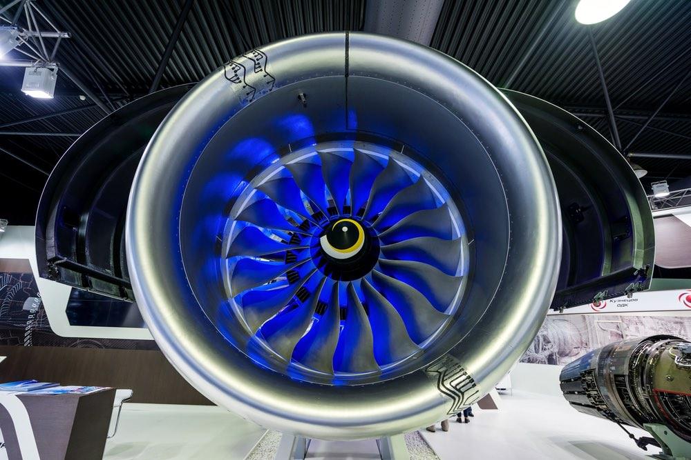 Российские специалисты создали полимерные лопатки для перспективного авиационного двигателя ПД-35