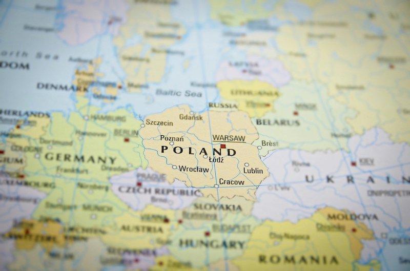 Белорусская оппозиция перебирается в Польшу