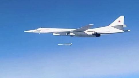 NI: НАТО демонстрирует «лук и стрелы», а Россия «Калибры» и Х-101