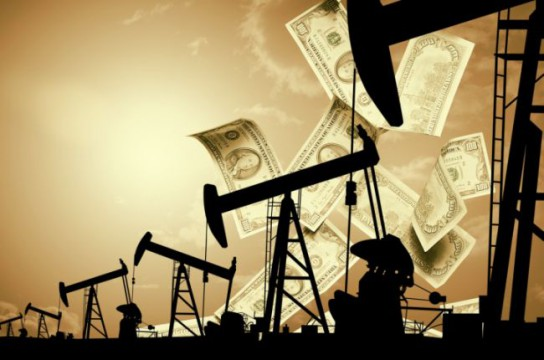 Сокращение темпов добычи нефти принесло российскому бюджету 2,5 триллиона рублей