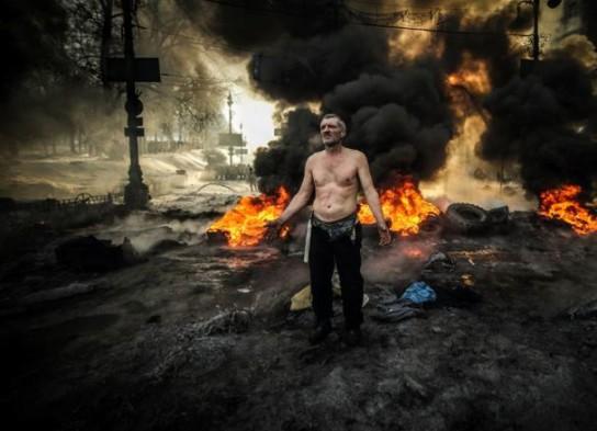 США заставляют Порошенко развязать полномасштабную войну в Донбассе