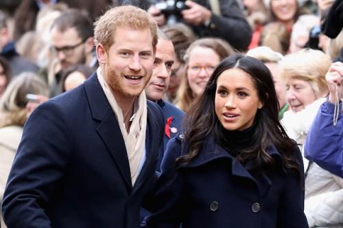 Королева Британии считает, что Меган Маркл сделает ее внука очень счастливым