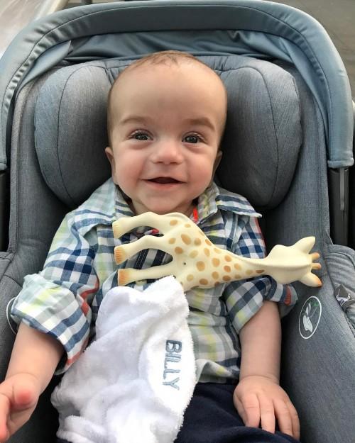 Джимми Киммел появился на шоу с сыном, который недавно пережил операцию на сердце