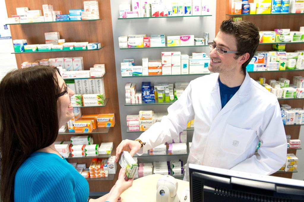 Мишустин вернет лекарства в аптеки