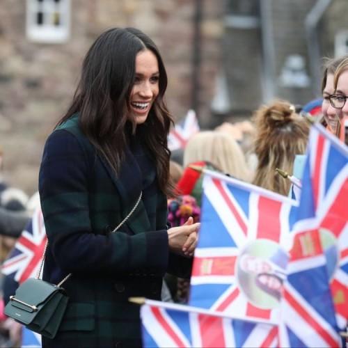 Меган Маркл не подала руку жительнице Шотландии