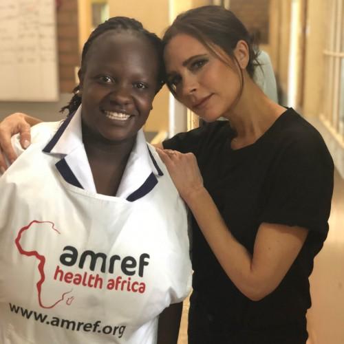 Виктория Бекхэм отправилась в Кению