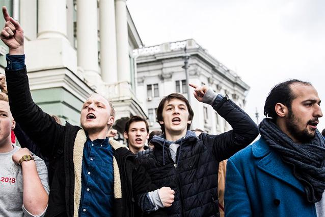 «Западная школа» протестов помогла студенту ВШЭ Жукову управлять толпой на незаконном митинге в Москве
