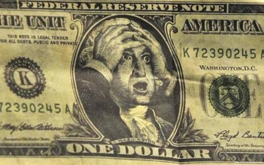 Путин заявил о необходимости отвязать экономику России от доллара