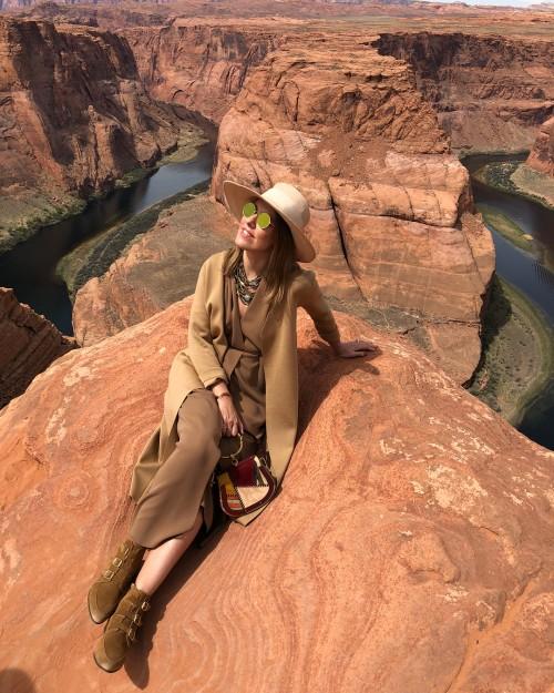 Как Ксения Собчак и ее подруги отдыхают в Аризоне