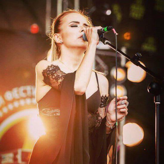 Софья Бугера — молодая певица, талантливый автор песен