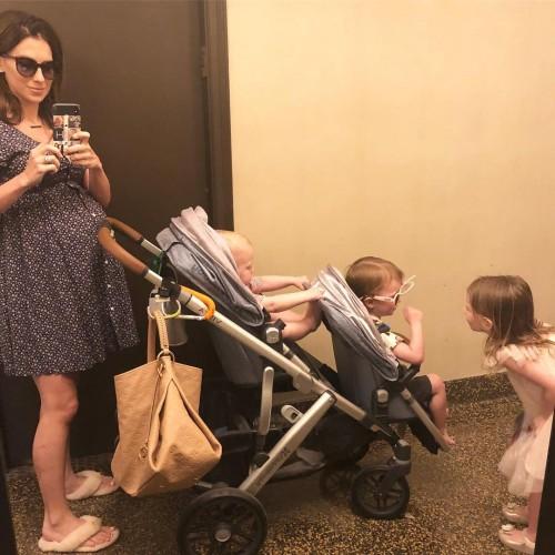 Алек и Хилария Болдуин стали родителями четвертого общего ребенка