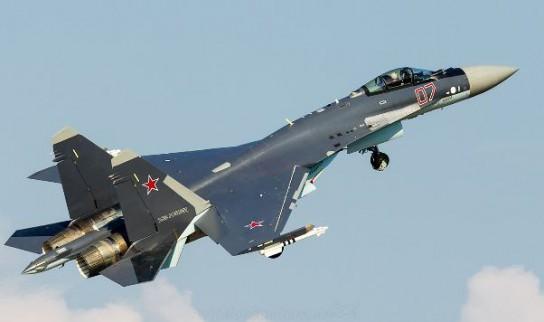 Су-35С произвели фурор демонстрацией воздушного боя