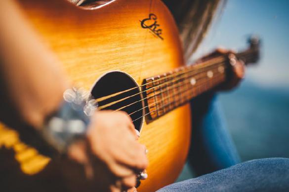 Как слушать и скачивать популярную музыку без регистрации