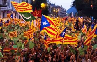 Власти Испании проводят аресты организаторов каталонского референдума