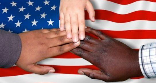Вloomberg: США по-прежнему являются нацией иммигрантов