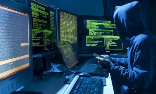 Хакеры обокрали Минобороны и МИД Германии