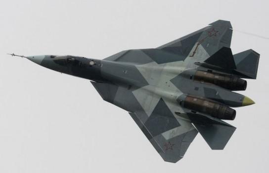 Американскому F-22 лучше не взлетать, пока в небе Сирии российский Су-57