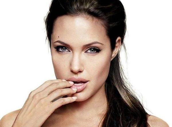 СМИ: Анджелина Джоли собралась замуж