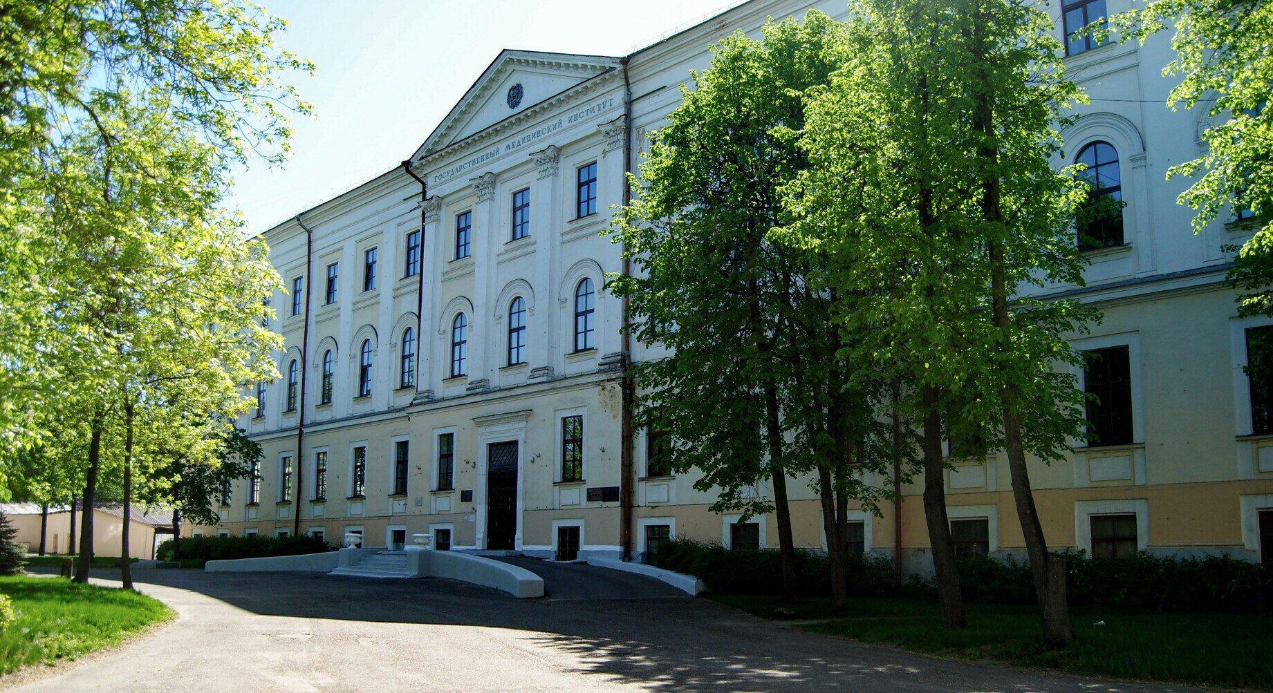 Тверской медицинский университет стремительно погружается в уголовный скандал с межгосударственными последствиями