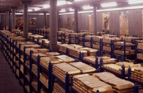 Россия продолжает активно наращивать золотой запас