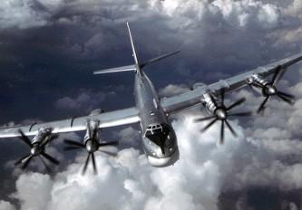 Паника в США: «Русские медведи» Ту-95 оккупировали Тихий океан