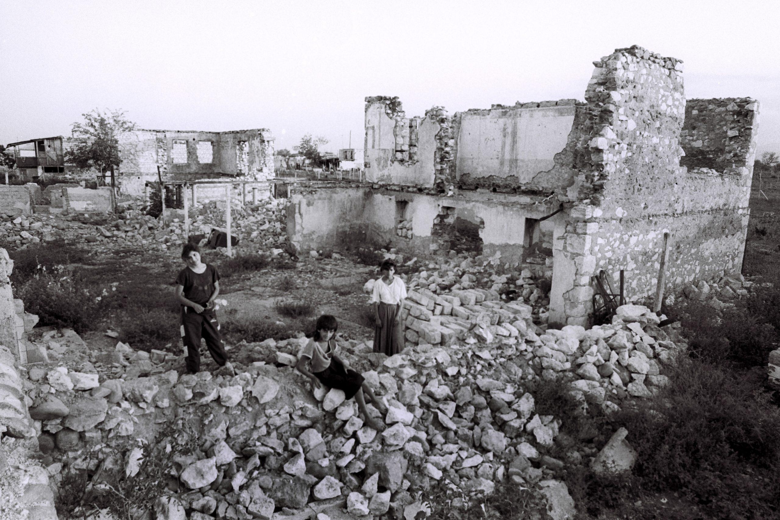 Кто спровоцировал войну в Нагорном Карабахе?