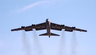 США перебрасывают в Британию стратегическую авиацию