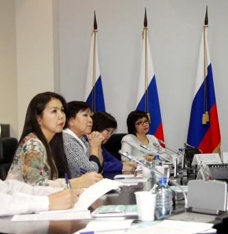 Важнейшие темы коренных малочисленных народов Чукотки обсудили на заседании Совета при Губернаторе
