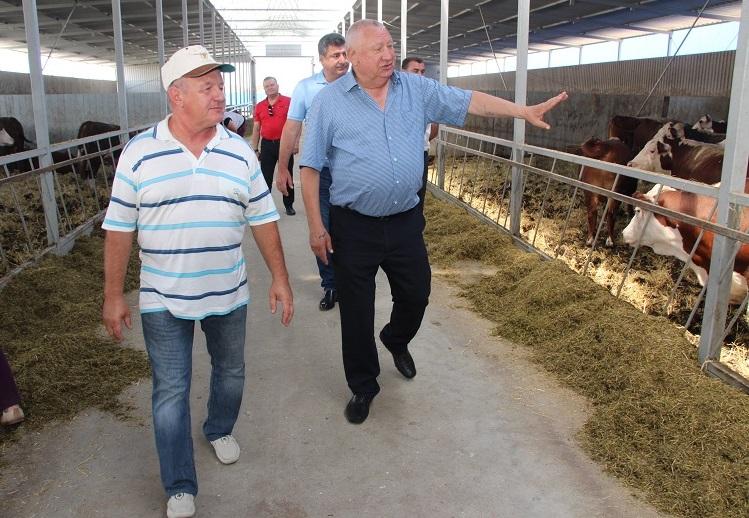 Депутат Государственной Думы посетил сельхозпредприятия и встретился с жителями Северского района Кубани
