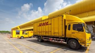 Киев в бешенстве: Немецкая DHL работает в Крыму несмотря на санкции