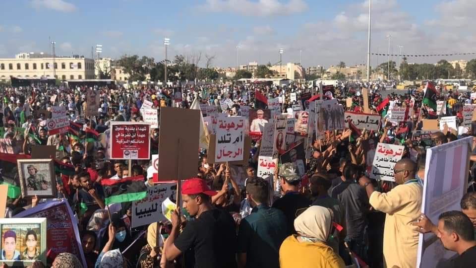 Турция своей агрессией сплотила народ Ливии, считает Александр Малькевич