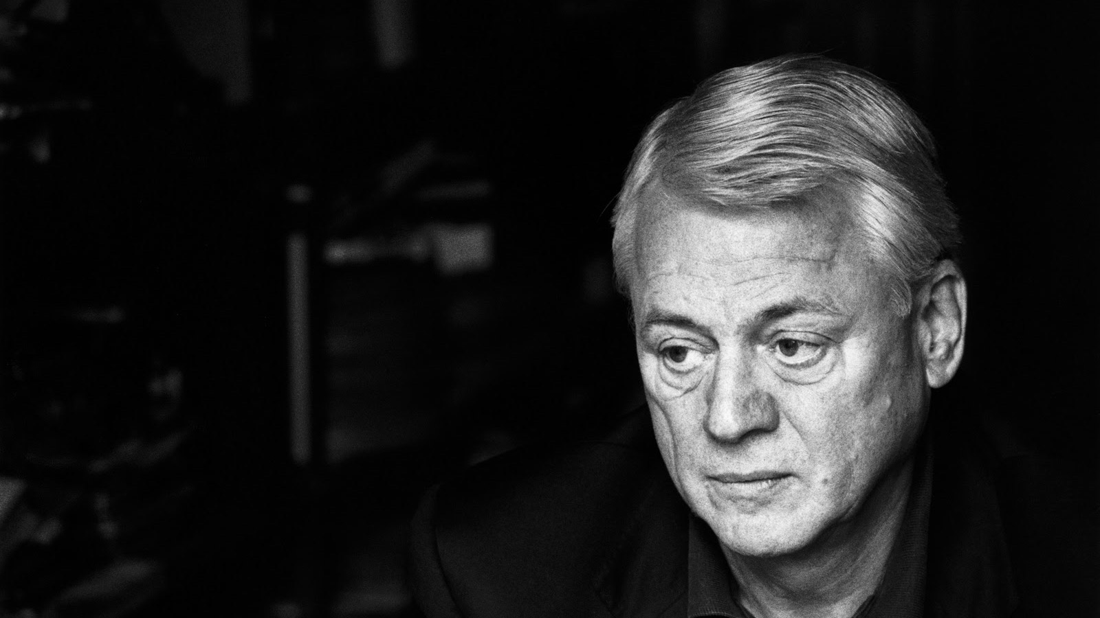 Немецкий писатель: К России всегда следует обращаться на «Вы»