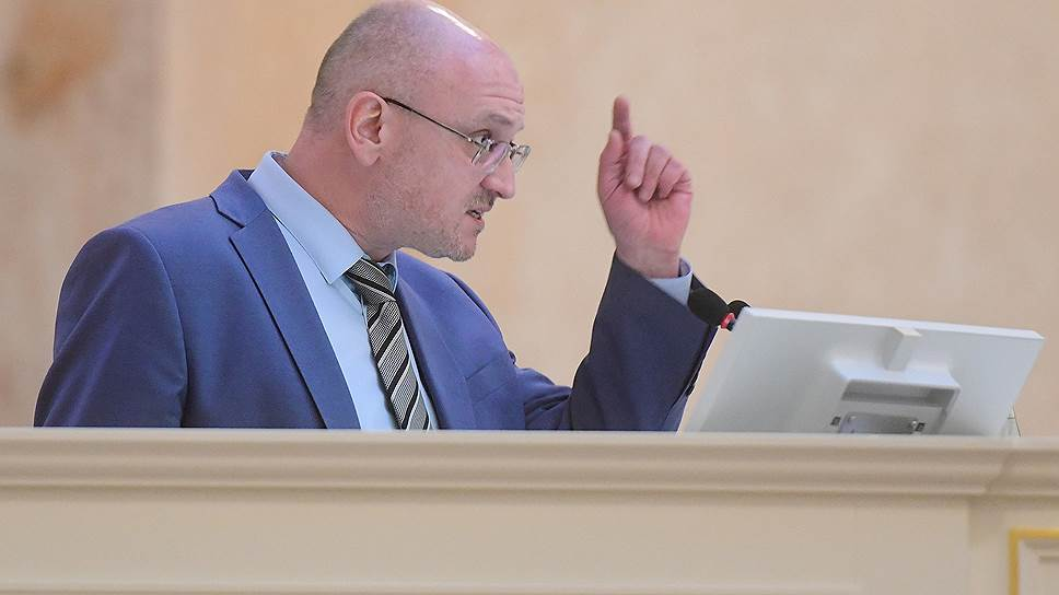 Эксперт призвал представителей «Партии Роста» объяснить, как в ЗакС попал депутат-взяточник Резник