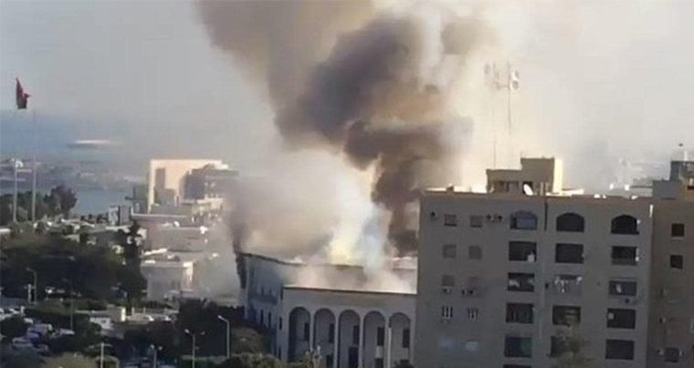 В результате атаки на МИД Ливии погибли три человека
