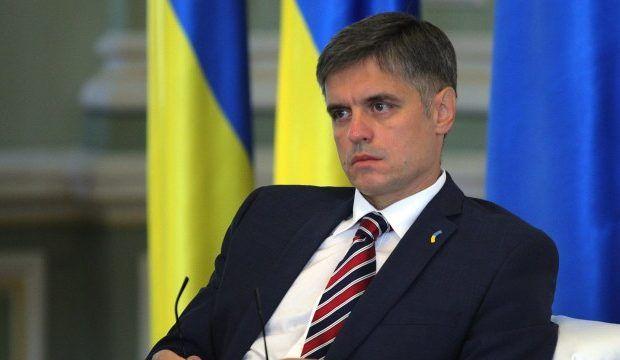 Глава МИД Украины признал бессмысленность антироссийских санкций
