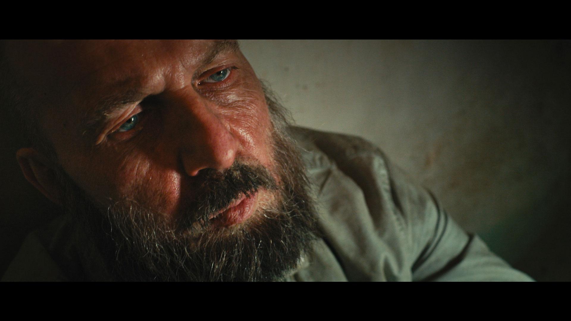 Режиссеру и актерам удалось донести трагедию истории в фильме «Шугалей», заявил Александр Пасечник