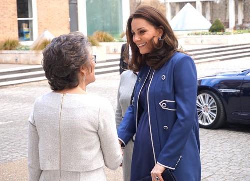 Кейт Миддлтон посетила Королевский колледж акушеров и гинекологов