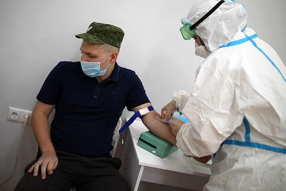 Минобороны России приступает к испытанию уникальной вакцины против коронавируса