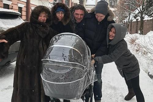Ксения Собчак и Виторган решили не скрывать сына
