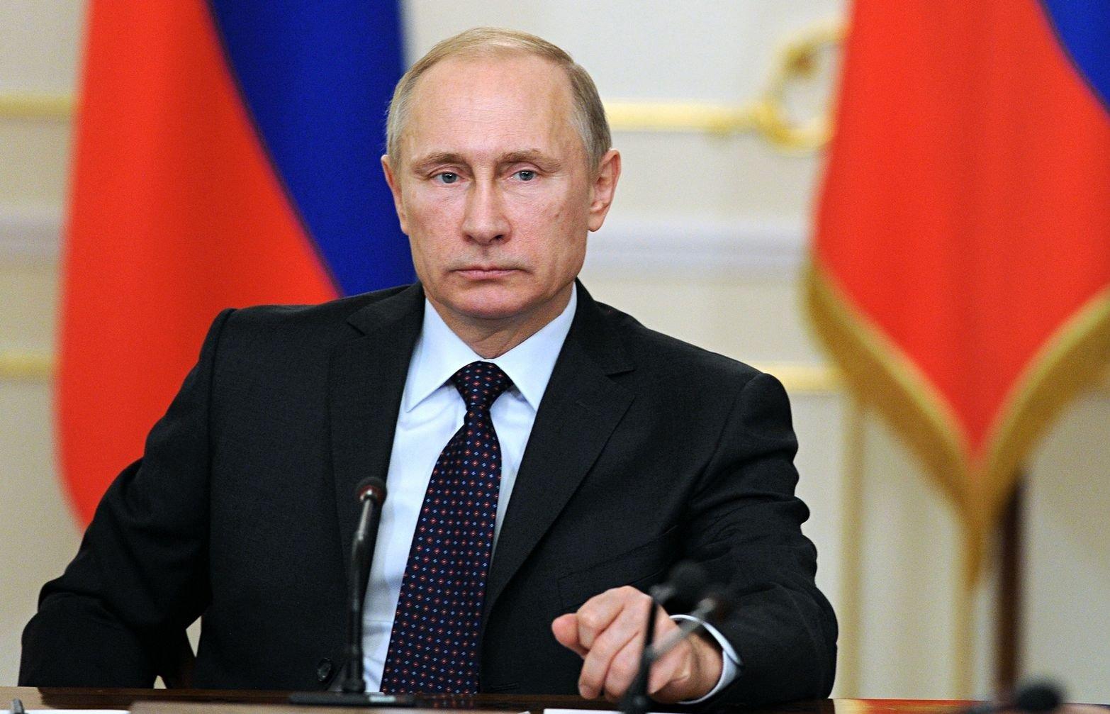 Президент сохранил налоговые льготы россиян по прежним пенсионным нормам