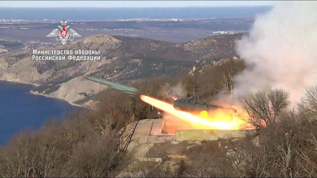 В Чёрном море состоялись пуски ракет БРК «Утес» по условному противнику