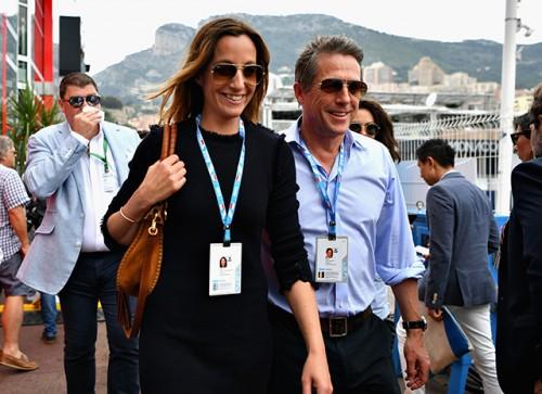 Белла Хадид, Хью Грант, Крис Дженнер и другие звезды на Гран-при «Формулы-1″ в Монако