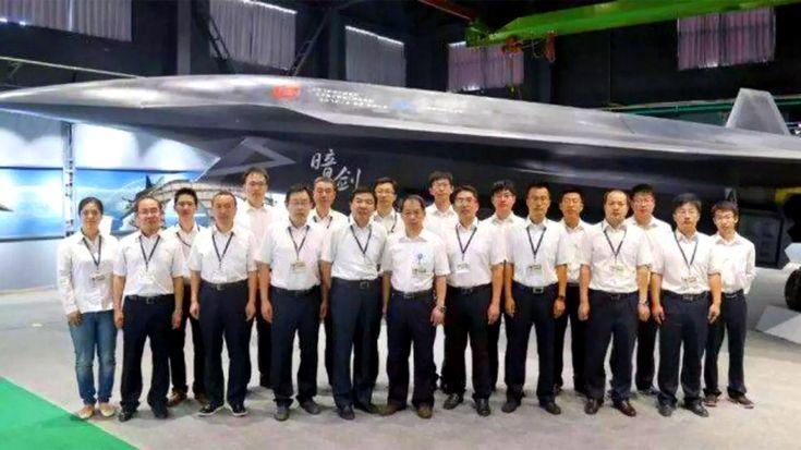 Китайский беспилотник «Тёмный меч» испортил настроение Пентагону