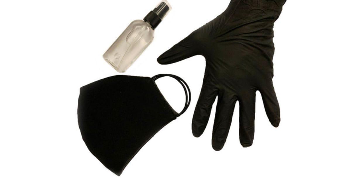 Траты россиян на маски и перчатки в 2,6 раза превышают расходы на ЖКХ