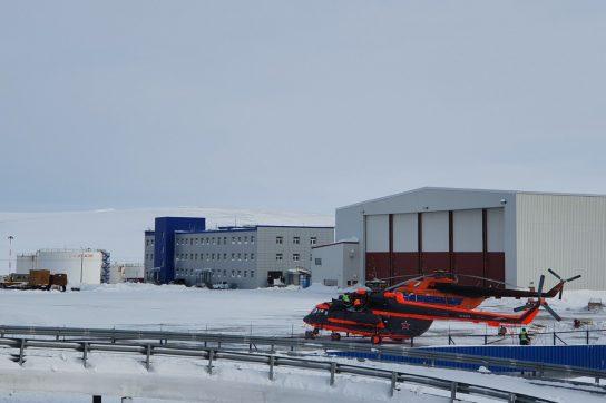 Губернатор Чукотки Роман Копин выразил соболезнования семьям погибшего экипажа вертолёта Ми-8 ВКС России