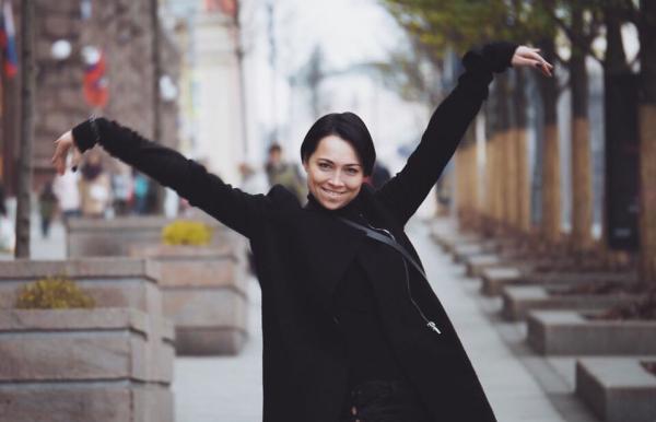 Настасья Самбурская вышла замуж. Теперь точно