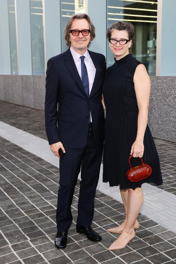 Гэри Олдман женился в пятый раз