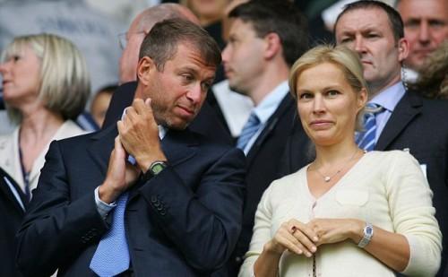 Роман Абрамович и Даша Жукова официально расторгли свои отношения